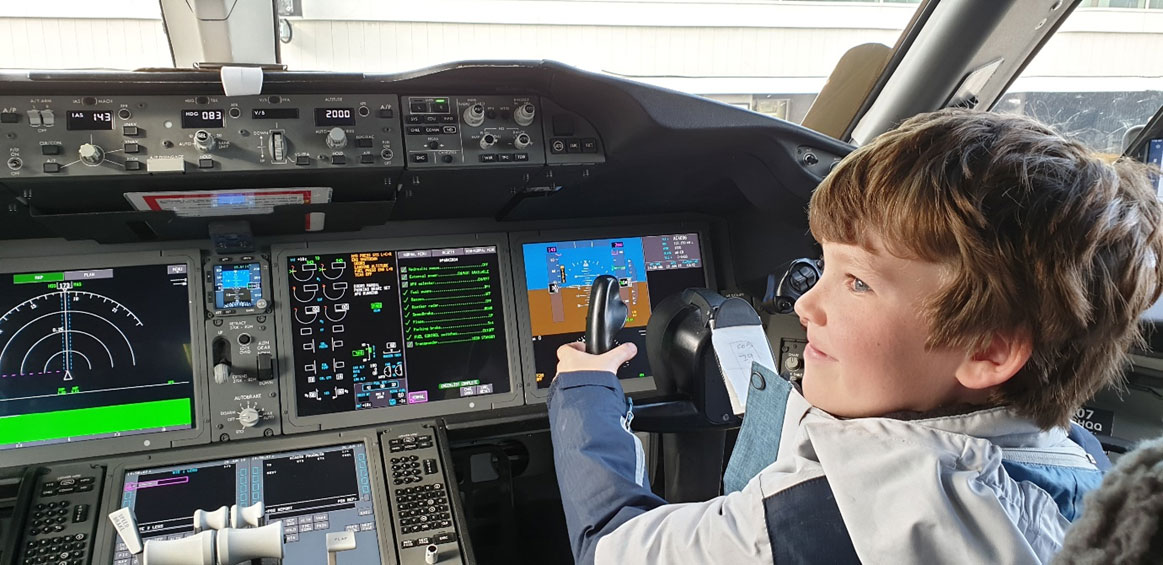 Fortunately, Jack was on hand to help the Air Canada pilots fly big jet across the Pacific. Well, to be honest, we'd already landed.